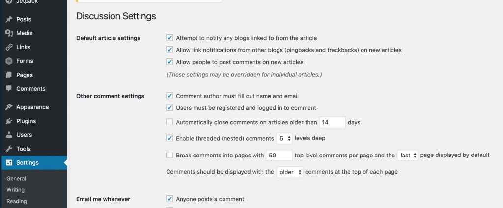 Discussion settings panel in WordPress.